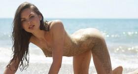 beach-babe-cindy