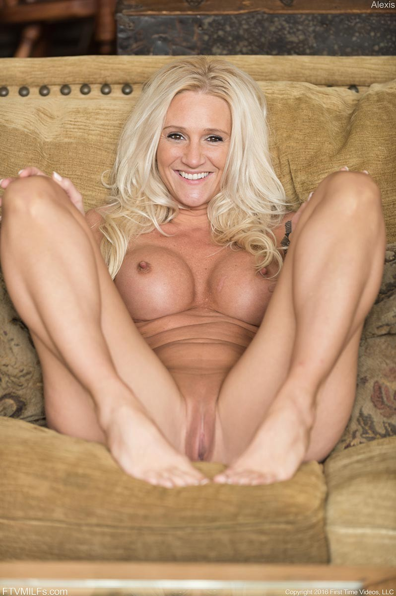 Blonde Cougar Alexa