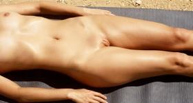 daniela-nudist