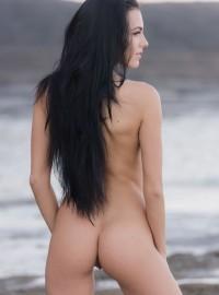Sapphira Sexy Legs