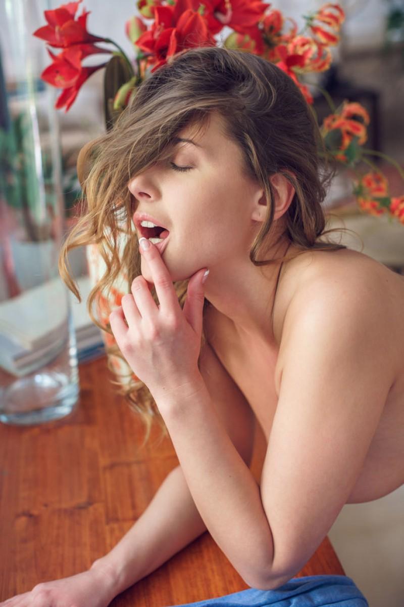 A nackt Sybil  Sybil Kailena