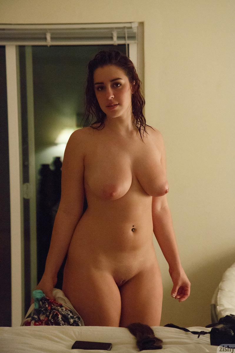Small saggy tits porn